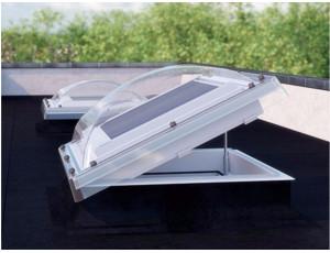 Фото: Вікно для плаского даху Fakro DEC-C U8 100х100