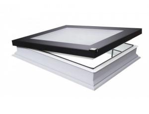 Фото: Вікно для плаского даху Fakro DEF DU6 100х100