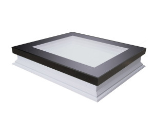 Фото: Вікно для плаского даху Fakro DXF DU6 140х140