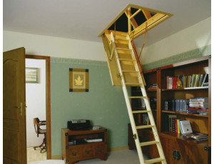Фото: Чердачная лестница Fakro LTK Thermo