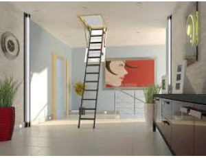 Фото: Чердачная лестница Fakro LMK Komfort